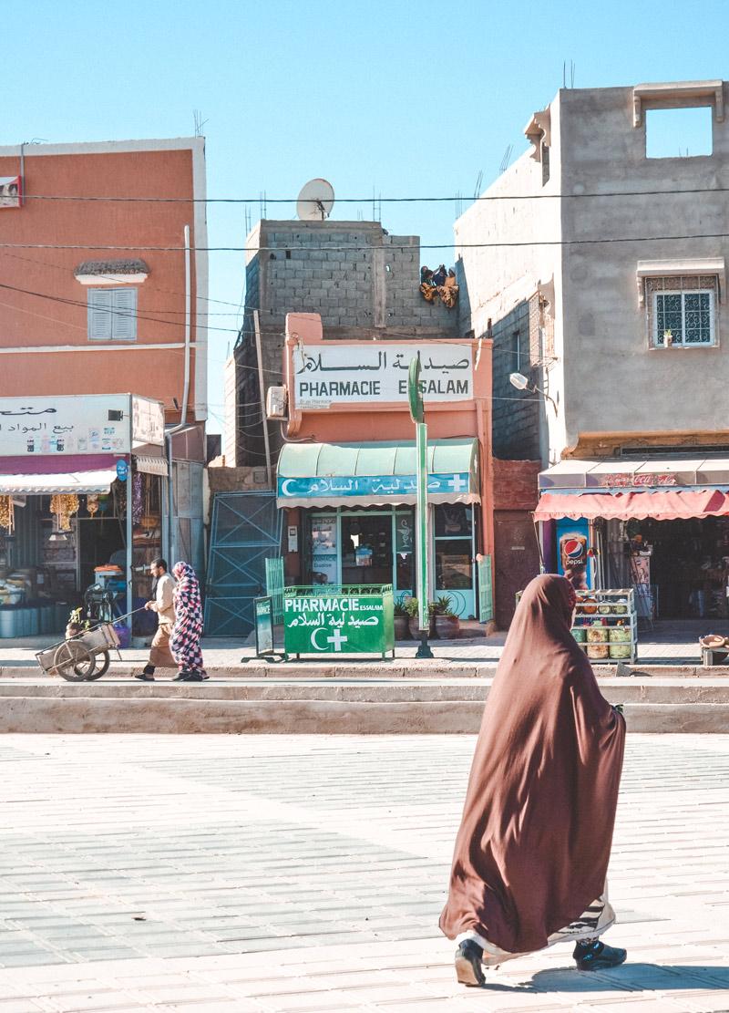 moroccan women in essaoira